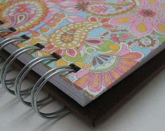 Gratitude Journal/ Pocket Size/ Thankful Journal/ Daily Gratitude/ Mini Journal/ Grateful Journal/ Year Journal/ 1 year/ Pink Paisley