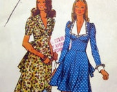 1970s Vintage Sewing Pattern - Simplicity 5728 - Boho Maxi DRESS / Size 10 UNCUT