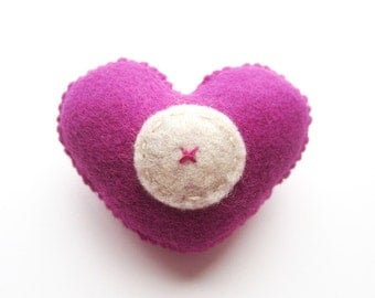 SUPER CUTE PROMO : Handmade Felt Love Heart Brooch - Letter O - assorted colours