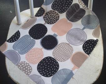 Marimekko fabric remnants - a bunch of 5 similar