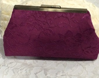 Vintage Lace Clutch in Berry