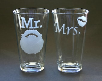 Mr Mrs His and Hers Etched Glasses Lips Beard Engraved Beer Pints Weddings