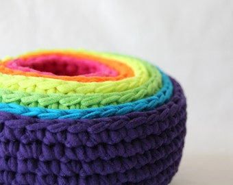 electric roygbiv nesting bowls for baby, made from crocheted up-cycled t-shirts by yourmomdesigns montessori inspired