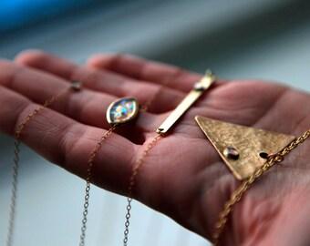 OPAL EYE PENDANT / Oval Opal 14k. Gold Filled Necklace