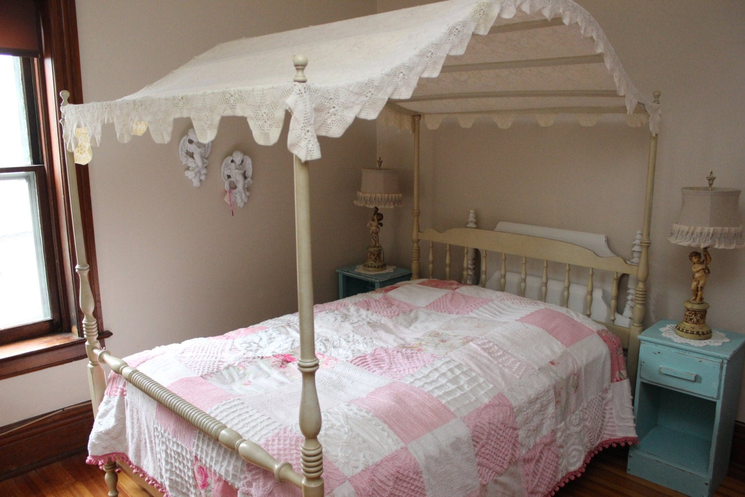 Vintage Canopy Full Bed Frame Shabby Chic Crochet Topper