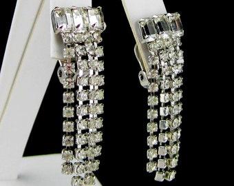 Rhinestone Earrings Silver tone Clear clip on