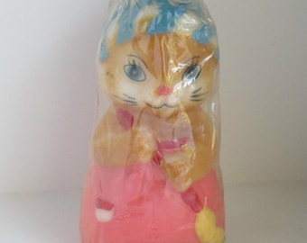 Vintage Figural Candle House Cleaning Bunny 1981