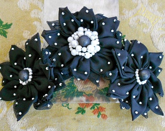 Black Soft Pinwheel Flowers