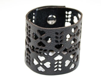 Leather Cuff Bracelet - Folk Art Pattern Cutouts (Black) - Size Medium