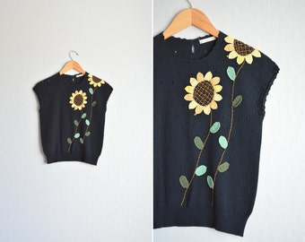 SALE / vintage '80s black short sleeve SUNFLOWER knit SWEATER top. size xs s.