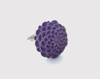 Purple Chrysanthemum Adjustable Ring - Mum - Eggplant and Silver Tone Flower Ring