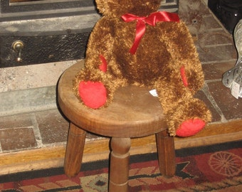 Vintage Wooden Step Stool from the Eighties or older