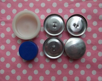 45 pieces of Fabric Buttons Cover Size 45 1 1/8 27mm With Instructions on how to make fabric buttons