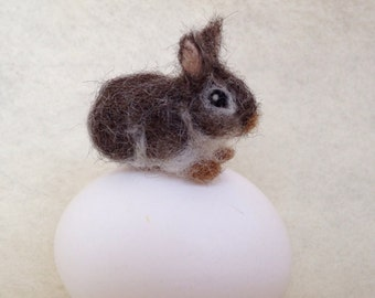 Needle Felted Bunny, Cottontail Rabbit, Tiny