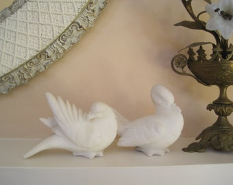 Pair Alabaster White Doves Smooth as Marble Figural Home Decor Made in Italy