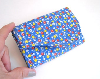 Business Card Wallet in Cobalt Blue Vintage Small Floral Fabric - Ditzy II