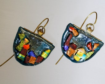 Big summer earrings with irridized and dichroic glass .