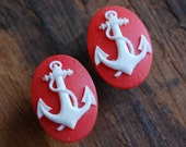 00g (10mm) Red and White Anchor Cameo Plugs for stretched ears 1 PAIR