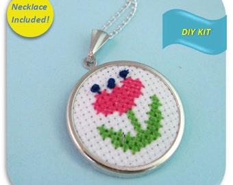 Retro Flower Necklace - Cross Stitch DIY Kit, Create your own flower jewelry, retro necklace, flower diy cross stitch pattern
