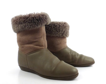Shearling Boots Vintage 1980s Mason Shoes  Women's size 7 1/2