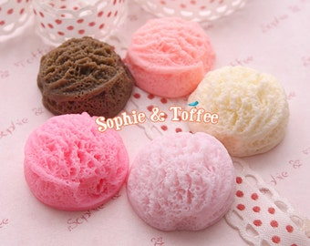 Realistic Ice Cream Scoops Cabochons 8pcs