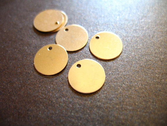 Shop Sale.. 5 10 20 pcs, 14k Gold Filled Blanks Discs, 6 mm, Baby Circle Sequins Tags  .. for chandeliers earrings logos.. blank6 v1