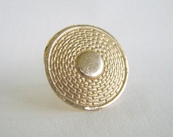 Vintage Gold Scarf Clip Round Embossed Basketweave