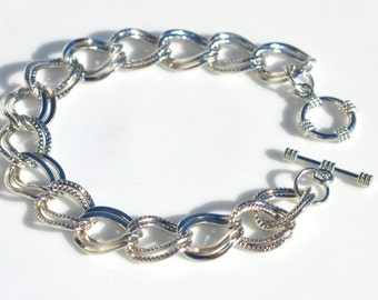 1 Silver Plated Charm Bracelet C809