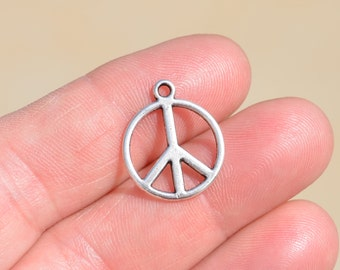 10  Silver 17mm PEACE Charms SC1333