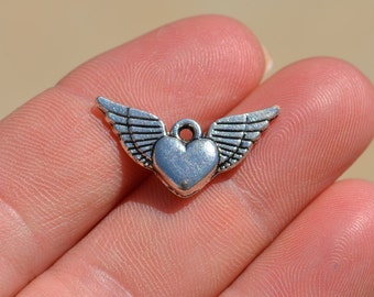 5  Silver Heart with Wings Charms SC2915