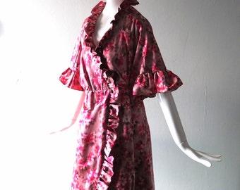 Unique Vintage 1950s Pink Satin Print Evening Coat - Auntie Mame Chic - Lilya Nicis Designer - Think Pink - Ruffle Trim - Costume Chic