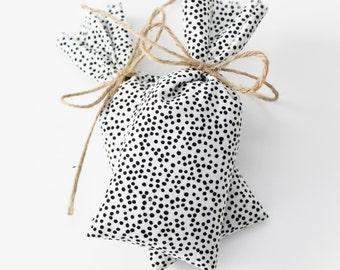 Lavender Sachet Bags, Shoe Deodorizer, White Black Dot Luggage Freshener
