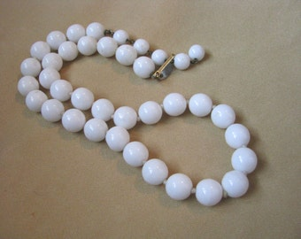 Vintage Les Bernard white glass bead necklace hand knotted