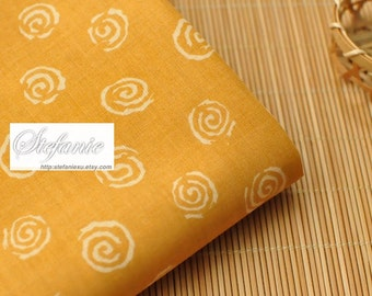 Japanese Cotton Fabric-Traditional Mustard Yellow Zen Style Geometry Ocean Wave Circle (Fat Quarter)