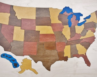 Puzzle of the USA - a great educaltional toy gift for adults and children interested in geography - sure to become a famiily heirloom