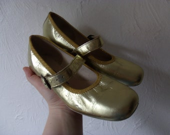 Vintage Golden Dance Shoes