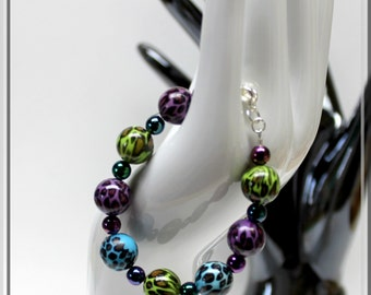 blue, purple, green beaded bracelet,leaopard beaded bracelet,colourful beaded bracelet,hobo, funky, gypsy,teens,women,