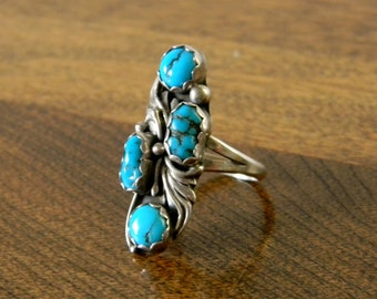 Vintage Native American Sterling Silver and Turquoise Ring - Size 6.25