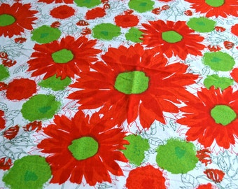 Vintage Vera Tablecloth - Red and Green Summer Flowers - 56 Round