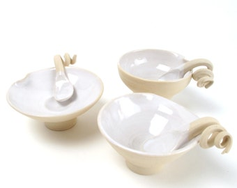 3 Amuse Bowls with curly spoons: MADE TO ORDER