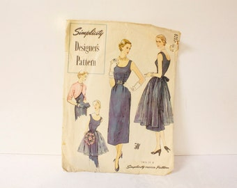 Vintage 50s Simplicity Designers 8252 Pattern Slim Evening Cocktail Dress Bolero Jacket Long and Short Evening Apron Beautiful Party Dress