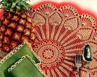 Pick of the Pineapples Vintage 1950s White Lace Doilies Bedspreads Tablecloths Runners Crochet Craft Pattern Leaflet Coats Clark's 287
