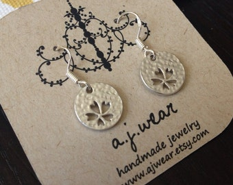 Handmade Tiny flower disk earrings STERLING eariwre GREAT price GIFT wrapped too