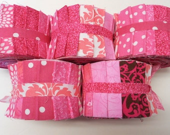 Pink Quilt Fabric Strips   - Pink quilt strips jelly roll - SEW FUN QUILTS Time Saver Quilt Kit