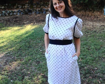 MISSY - 1970s 80s Polka Dot Secretary Dress Retro Cute Black White Belted Belt Tie A Line Pockets Jerell Texas Made USA Classic Lady Med