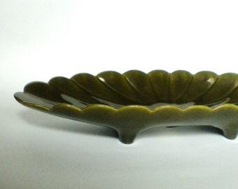 Freeman & McFarlin California Pottery Shell Theme Statement Piece Avocado Green Bowl