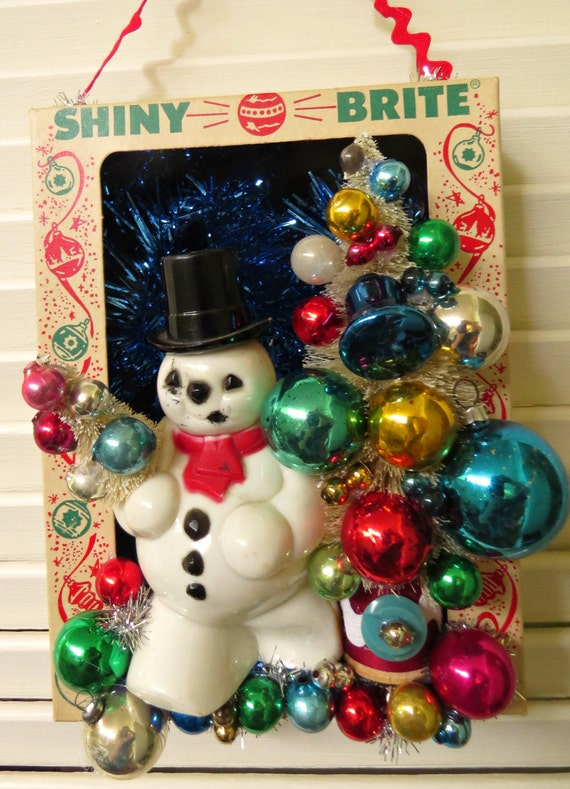 Vintage ornament box with snowman christmas wall decoration