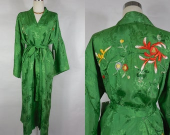 1920 1930 Vintage Green Rayon Embroidered Robe