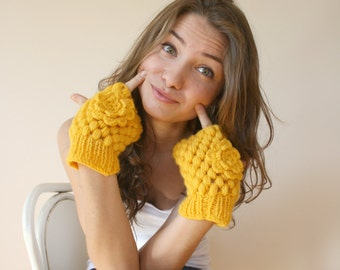 Handknit Wool Yellow  Mittens gloves Christmas Gift under 35