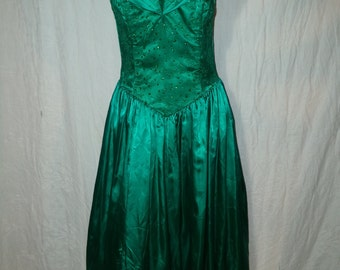 Vintage Jessica McClintock Gunne Sax Prom Party Dress - Green with Beading - size 9/10